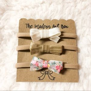 Other - Ribbon baby girl bow set